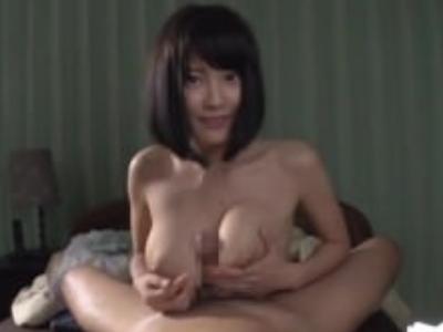 Hカップの松岡ちな出演のH無料エロ動画。パイズリ天国!